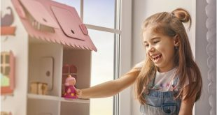Brasileiros ainda acham que meninas devem brincar de boneca e menino de carrinho - Foto Divulgação